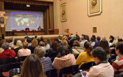 Antonio Moreno forma a los catequistas sobre el uso de las Redes Sociales