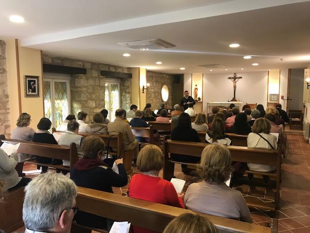 Los catequistas descubren la alegría de seguir y servir a Jesús