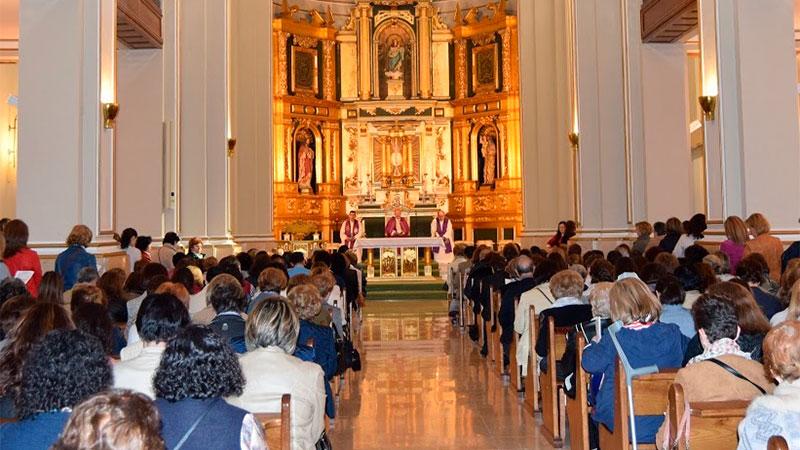Los catequistas de la Diócesis se reúnen en torno al Obispo como discípulos y misioneros