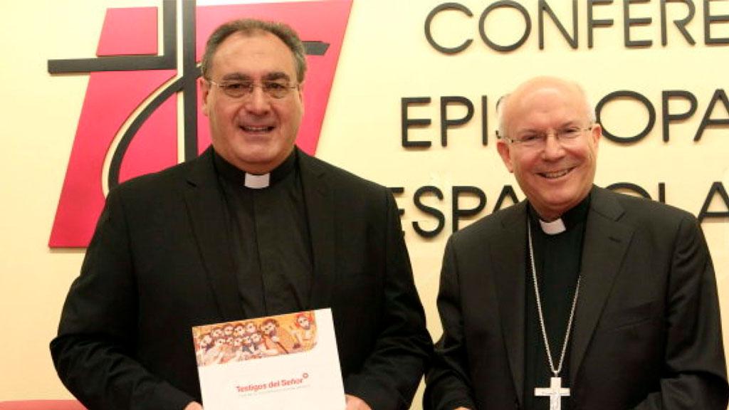 Nace un nuevo catecismo, por el obispo de Plasencia, Amadeo Rodríguez Magro