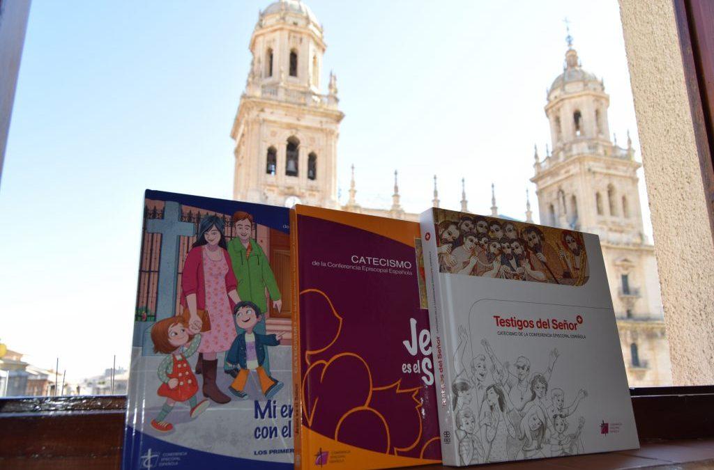 El Obispo de Jaén y Presidente de la Comisión de Evangelización presenta el directorio para la Catequesis