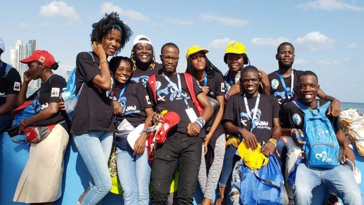 Jóvenes católicos de Angola