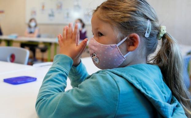 Catequesis de pandemia: rezar el Padrenuestro por una pantalla
